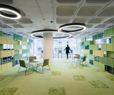 OLX Offices / Pedra Silva Arquitectos