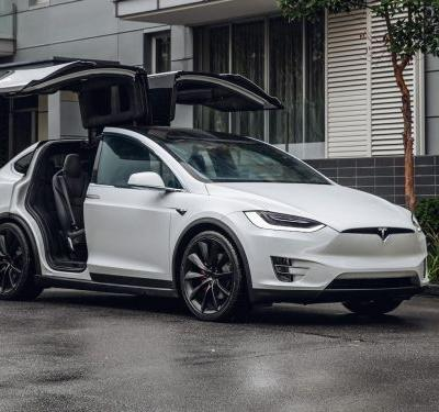 22 features that make Tesla cars unlike any others