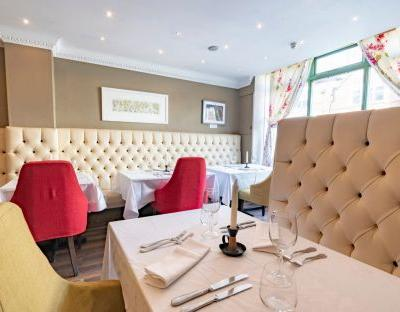 Weir Grove, Berks, restaurant review: 'like the past 20 years never happened'