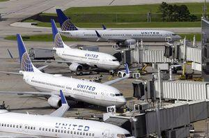 United to offer bumped flyers up to $10,000 after video flap