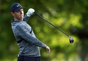Peterson's 2 eagles carries him to lead at Quail Hollow