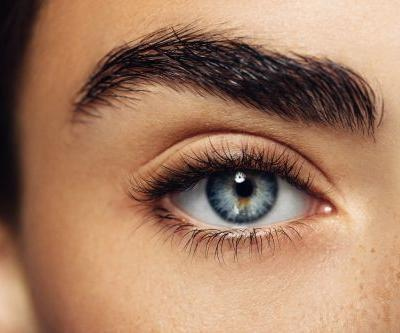 This Is How You Should Really Be Removing Individual False Lashes