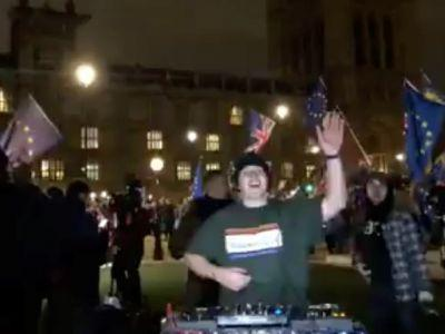 This DJ livestreamed a house set from Parliament during the Brexit vote