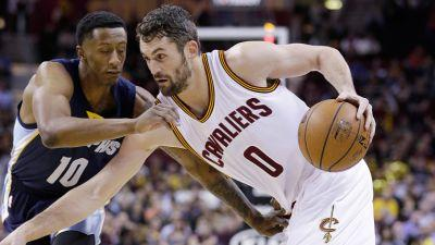 Cavaliers' Kevin Love out six weeks following knee surgery