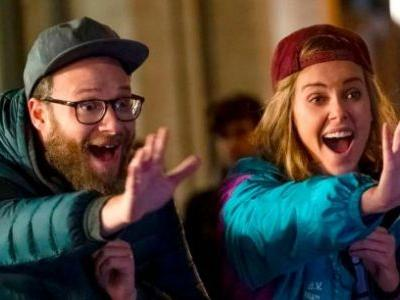 'Long Shot' Review: A Vocal Modern Rom-Com Carried By Seth Rogen and Charlize Theron