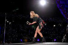 Blake Lively, Ryan Reynolds & Gigi Hadid Had the Time of Their Lives at Taylor Swift's Show Saturday Night