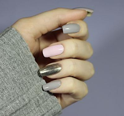 Soft Everyday Manicure With A Shimmering Twist