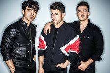 Jonas Brothers Return to Pop Songs Chart With New Single 'Sucker'