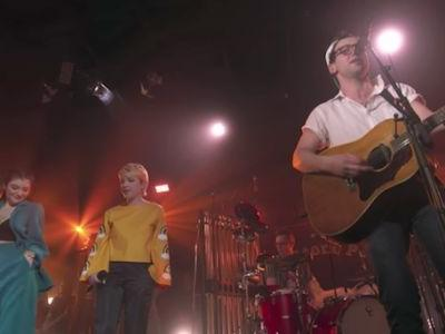 Watch Carly Rae Jepsen & Lorde Perform With Bleachers On MTV Unplugged