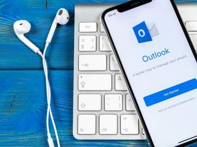New Microsoft Outlook update looks to keep all your mobile emails safe