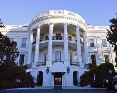 Federal authorities arrested a man they say plotted attacks on the White House and government buildings in Washington, DC