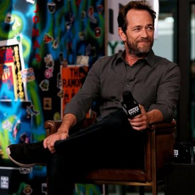 In a Touching Tribute, Colin Hanks Reveals Luke Perry Carried Balloons to Help Kids Calm Down