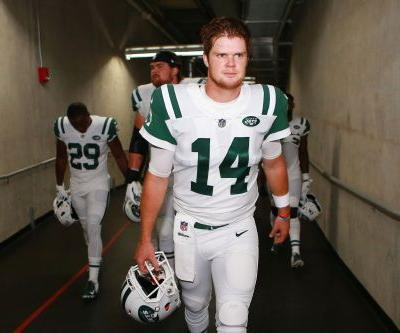 Sam Darnold gets rude welcome to NFL