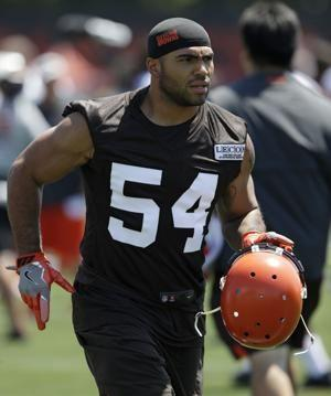 Browns linebacker Kendricks charged with insider trading