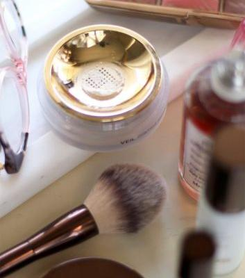 Try Hourglass Veil Translucent Setting Powder for a Non-Powdery Powdered Face