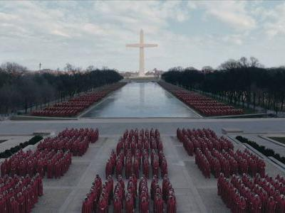 'The Handmaid's Tale' Episode In Washington, D.C. Is As Terrifying As You'd Expect
