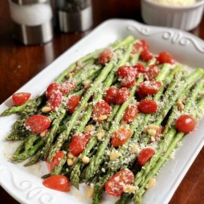 Easy Tuscan Roasted Asparagus
