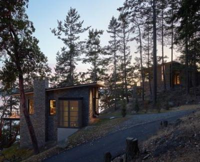 Hillside Sanctuary / Hoedemaker Pfeiffer