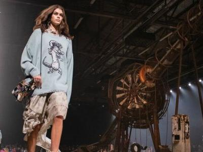 Coach Is Hosting Its Pre-Fall 2019 Runway Show in Shanghai