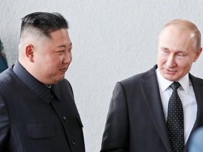 Putin broke the habit of a lifetime and didn't show up late for his first-ever meeting with Kim Jong Un