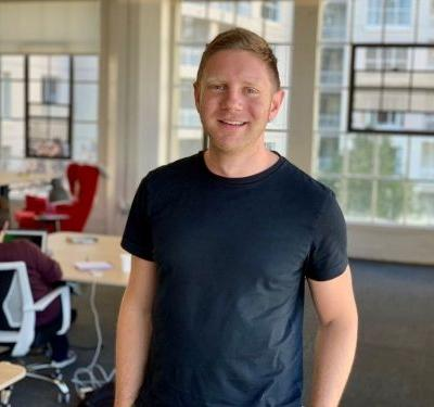 We got an exclusive look at the pitch deck open-source platform Almanac used to raise $9 million in funding. The CEO breaks it down and gives his advice for entrepreneurs to perfect their pitch