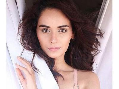 Manushi Chhillar goes without make-up for new photoshoot. See pic