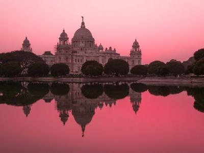 Check in to these luxury hotels in Kolkata, the Indian city of arts