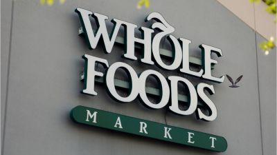Wal-Mart isn't considering bid for Whole Foods