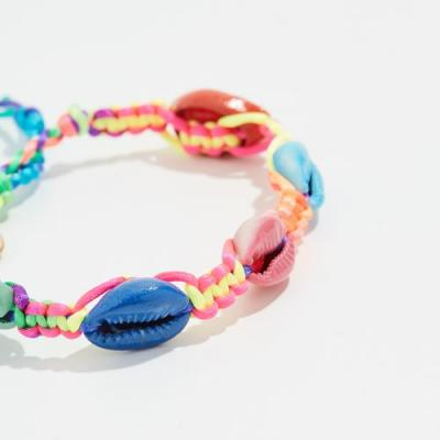 Friendship Bracelets Might Be 2019's Most Nostalgic Trend Yet