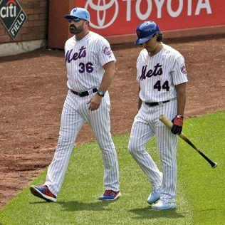 Mets' Callaway, Vargas have confrontation with reporter