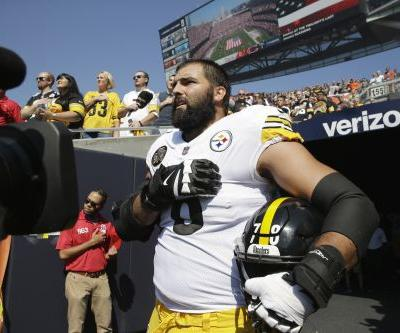 Lone Steeler comes out of locker room without team during anthem protest
