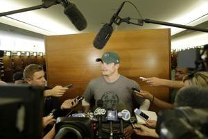 Jets trade QB Hackenberg to Raiders for 7th-round pick