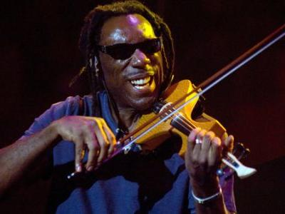 Boyd Tinsley Of The Dave Matthews Band Accused Of Sexual Misconduct By Former Protégé