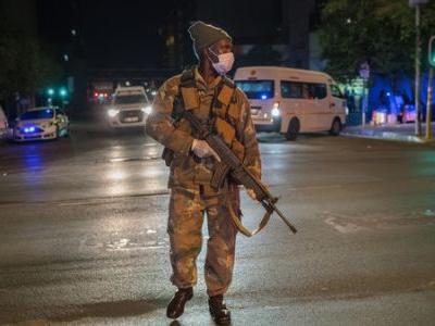 South Africa Reports First COVID-19 Deaths; Goes Into 3-Week Lockdown