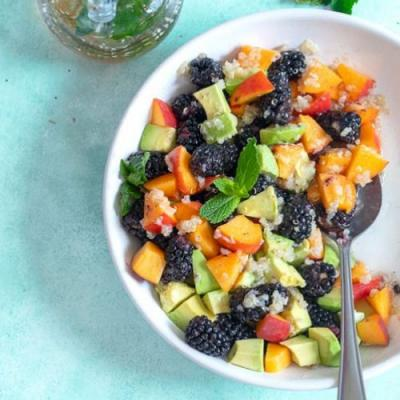 Summer fruit salad with Quinoa
