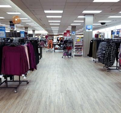 We visited a Sears store on the day the company filed for bankruptcy, and it felt like a ghost town. Here's what it was like shopping there