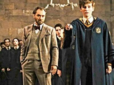 Young Newt Heads to Hogwarts in New Look at Fantastic Beasts 2