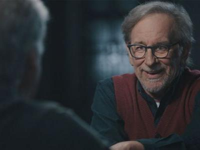 Steven Spielberg Writing Mobile Horror Series That You Can Only Watch at Night