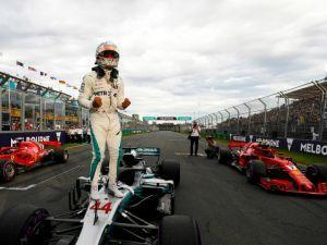 Lewis Hamilton Secures Pole For 2018 Australian GP With Stunning Last Lap