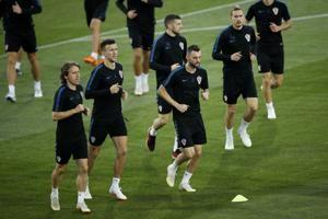 The Latest: Croatia-England going to extra time in semifinal