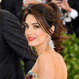 Amal Clooney's Beaming Met Gala Makeup Look Is Not of This Earth