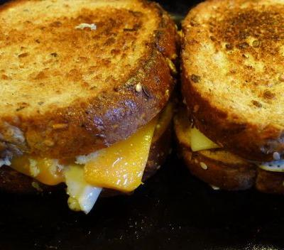 It's National Grilled Cheese Day! Here are 5 places to get great grilled cheese in Pittsburgh:
