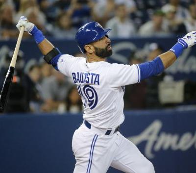 Jose Bautista signs minor-league deal with Atlanta Braves