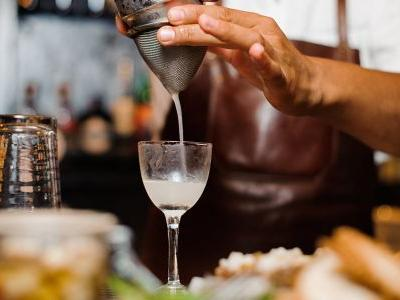 We Asked 10 Bartenders: What's the Difference Between a Bartender and a Mixologist?