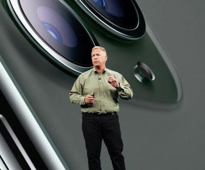 Apple's Phil Schiller will step down from his role as VP of marketing