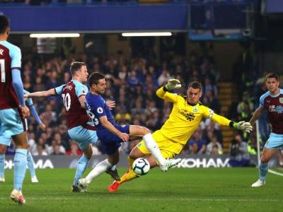 Chelsea drop crucial points in draw with Burnley as quest for top-four continues