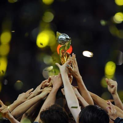 FIFA receives record number of expressions of interest in hosting FIFA Women's World Cup 2023™
