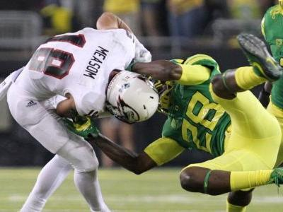Two Football Ducks Elect to Transfer From Program