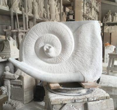 Emma Elliott presents new marble sculptures at on form 18