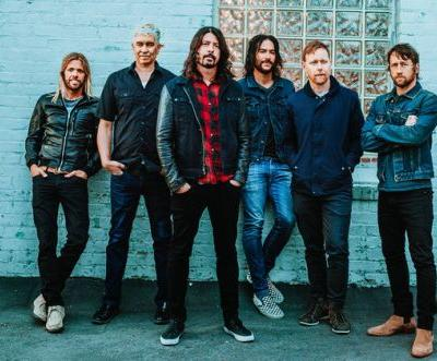Foo Fighters Score Second 1 Album With Concrete And Gold